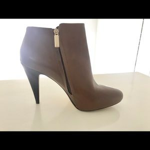 Banana Republic Leather Bootie size 11